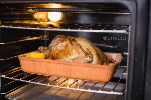 Сколько жарить индейку в духовке