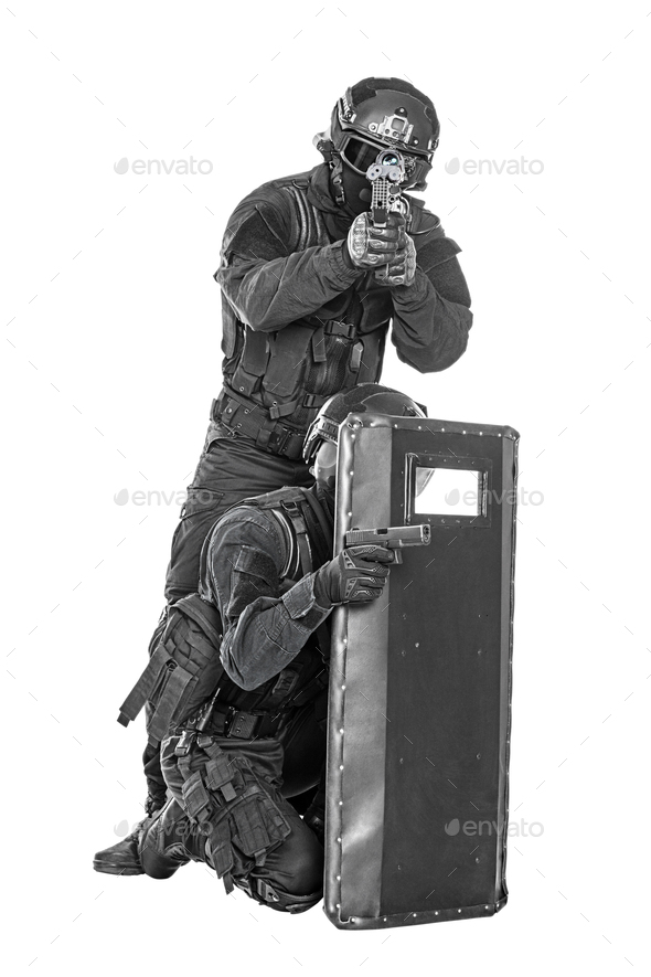 SWAT officer with ballistic shield Stock Photo by Getmilitaryphotos