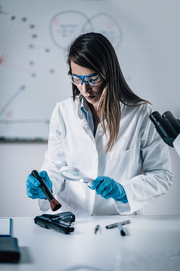 the use of biochemistry in forensic science Biochemistry is the branch of science that explores the  chemical processes and reactions within living organisms it is a laboratory based subject that.