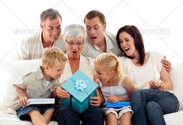 Подарки не только близким и родным 68
