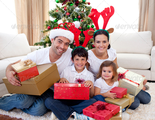 Новый год дома с детьми и мужем