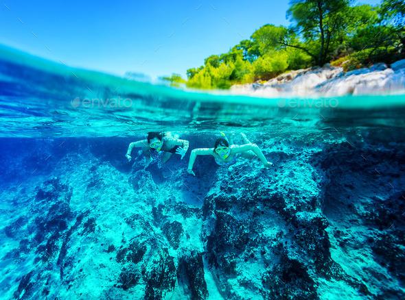 Active diver couple - Stock Photo - Images