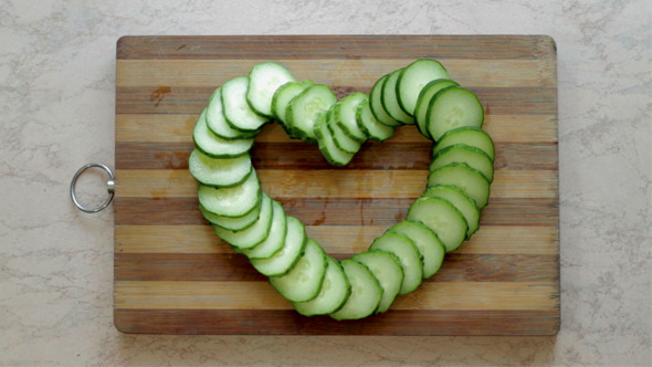 Division of Cucumber as a Heart