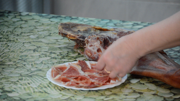 Placing Dry Meat On Plate