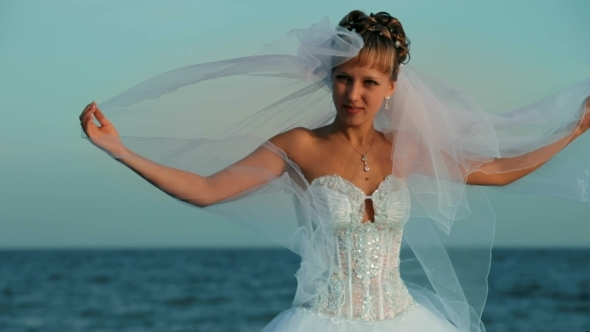 Bride On The Sea