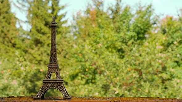 Eiffel Tower Souvenir Figure
