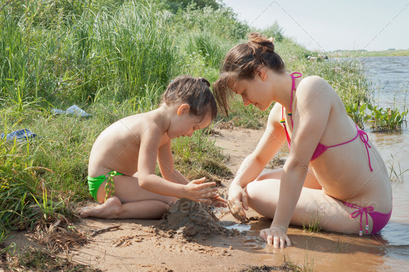 голая мама и дочь на фото