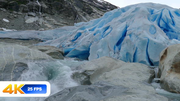 Glacier Nigardsbreen in Norway