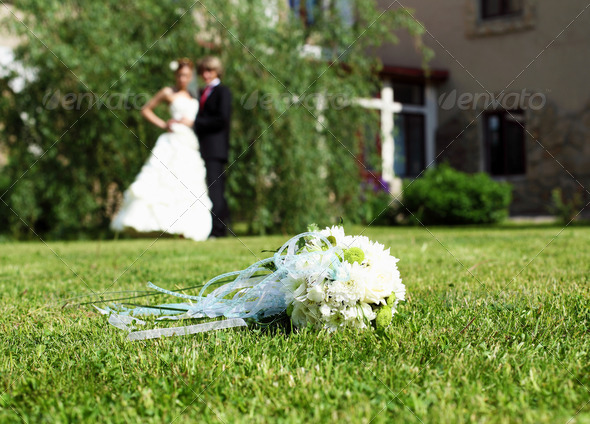 Suite bouquet in the foreground - Stock Photo - Images