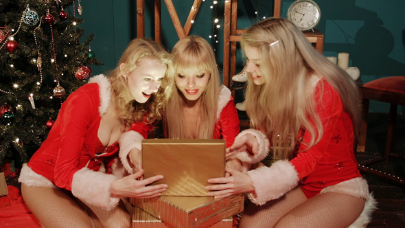 sexy-girls-christmas