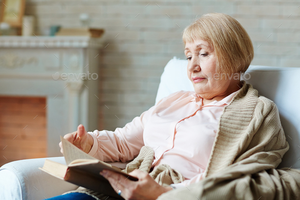 Senior reader - Stock Photo - Images