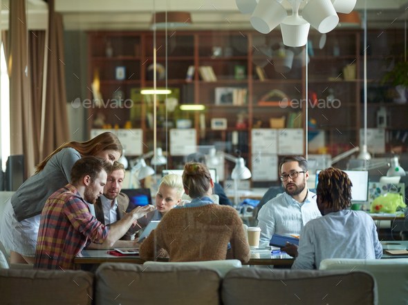 Discussion at workplace - Stock Photo - Images