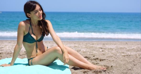 Beach sexy girl photo