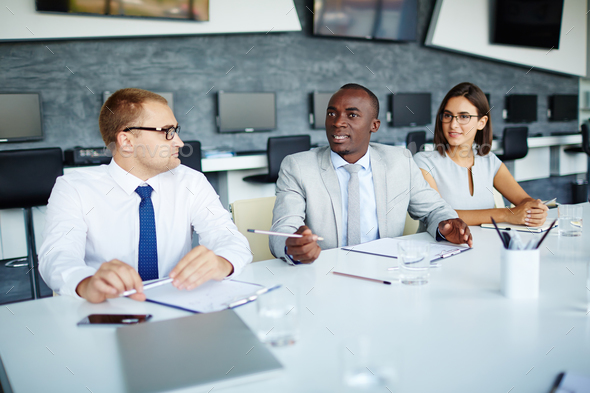 Discussing viewpoints - Stock Photo - Images