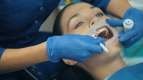 sex Women with dentures oral