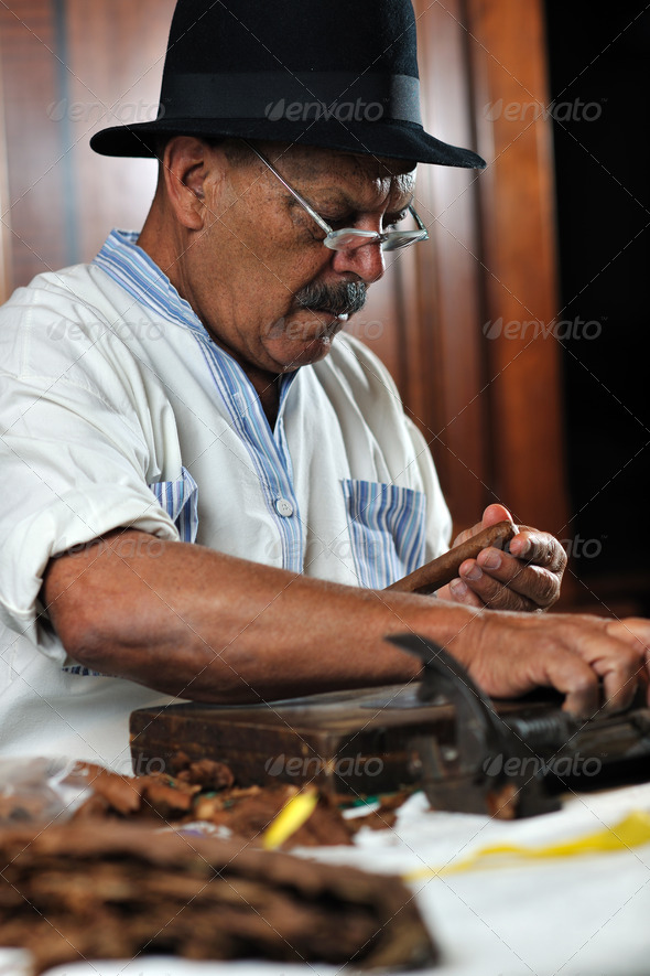 man making luxury handmade cuban cigare - Stock Photo - Images