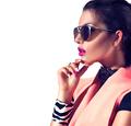 Beauty fashion brunette model girl wearing stylish sunglasses