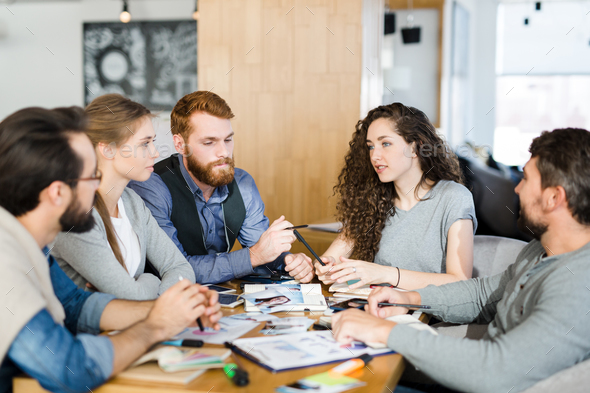 Discussion of managers - Stock Photo - Images