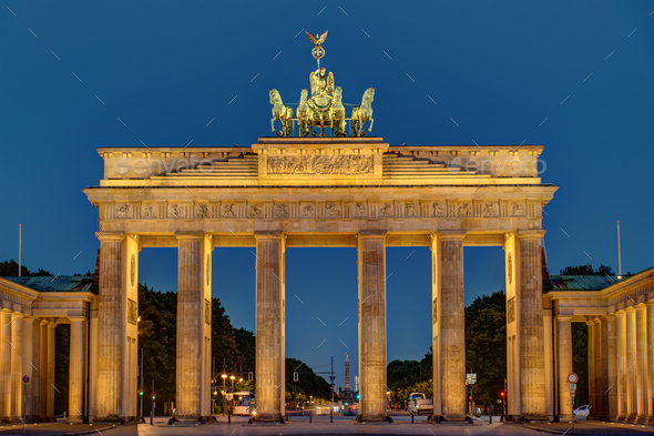 Night view of the Brandenburger Tor  - Stock Photo - Images