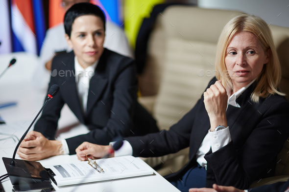 Meeting of politicians - Stock Photo - Images