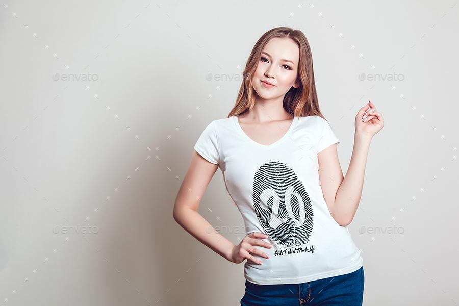 4a3734cc29038 20 Top Girls T-Shirt Mock-Up