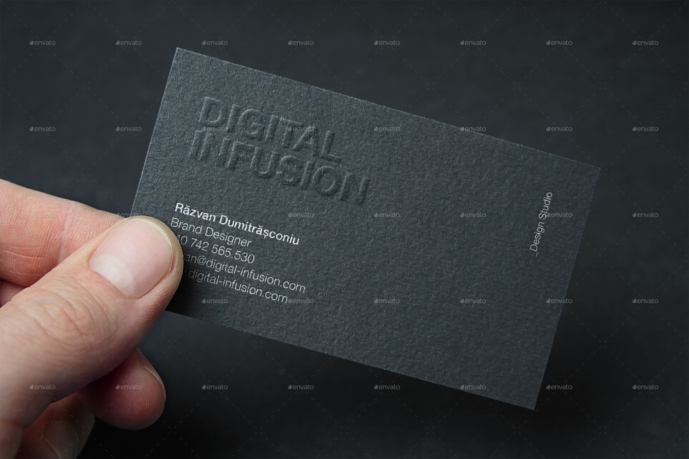 Clean & Modern Business Cards by Digital infusion