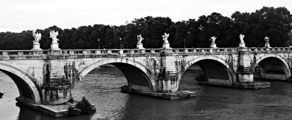 Bridge in rome590
