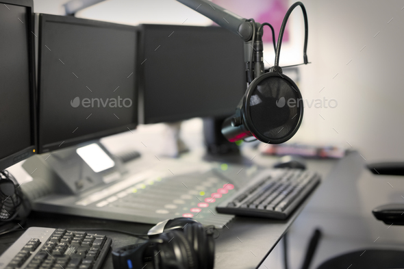 Microphone modern radio station broadcasting studio - Stock Photo - Images