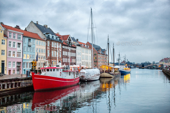 Night view of Nyhavn canal, Copenhagen - Stock Photo - Images