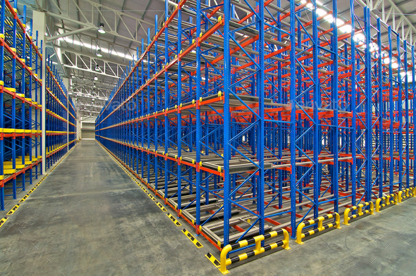 Distribution center warehouse storage pallet racking system - Stock Photo - Images