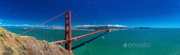 Panoramic large resolution shot of Golden Gate Bridge in San Fra - Stock Photo - Images