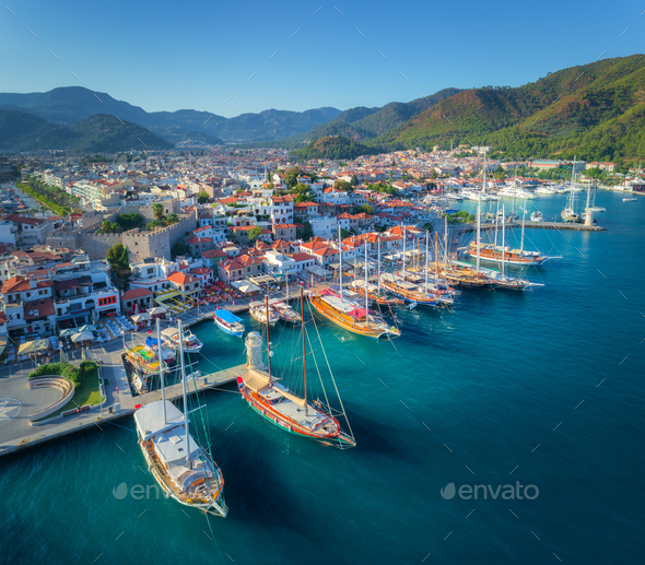 Aerial view of boats and beautiful architecture at sunset - Stock Photo - Images
