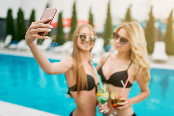 Nude teen girls cell camera