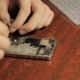 Electronics Repair Master Repairs Cell Phone The Internal Components of a Smartphone