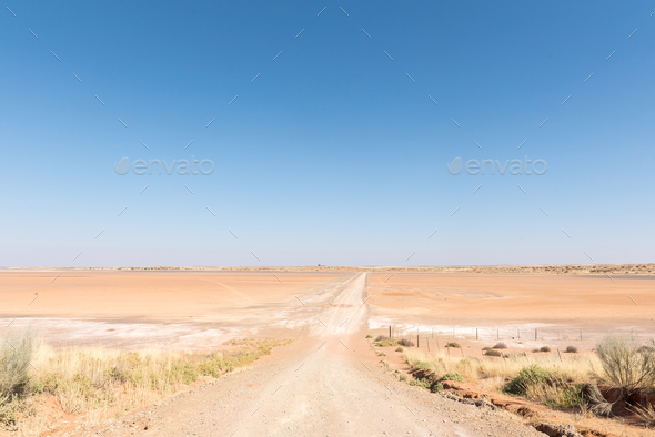 Norokeipan (Norokei salt lake) between Askham and Upington - Stock Photo - Images