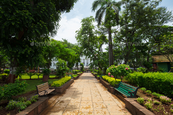 Horniman Circle in the Fort District of Mumbai  - Stock Photo - Images