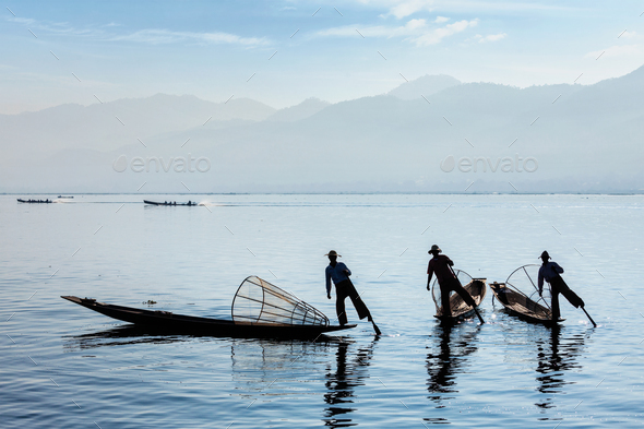 Traditional Burmese fisherman at Inle lake, Myanmar - Stock Photo - Images