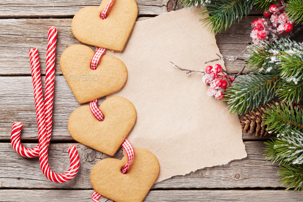 Christmas fir tree and heart gingerbread cookies - Stock Photo - Images