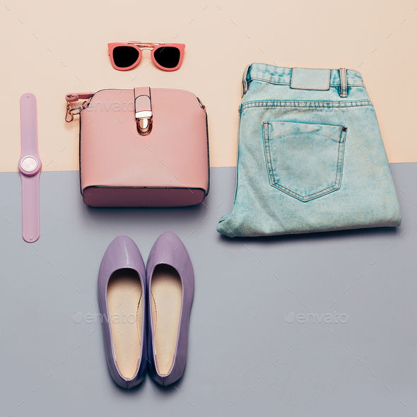 Ladies Fashion Accessories. Pink bag and sunglasses. Watches, je - Stock Photo - Images
