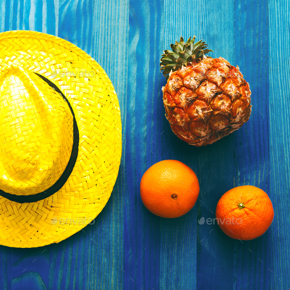 Fruit and straw hat. Beach cocktail. Tropical Minimal. Fresh ide - Stock Photo - Images