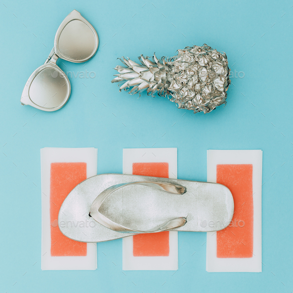 Minimal beach style. Silver set. Pineapple, sunglasses and flip- - Stock Photo - Images