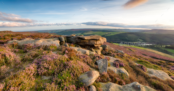 Derwent Edge in the Peak District - Stock Photo - Images