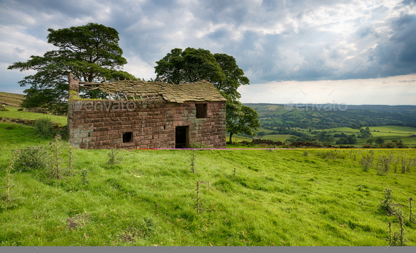 Roach End Barn in the Peak District - Stock Photo - Images