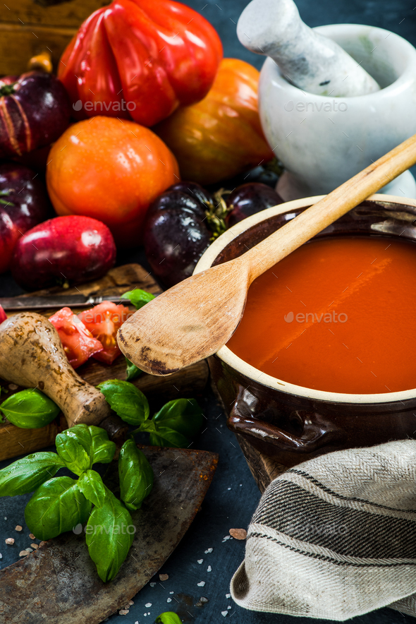 Making creamy and healthy gazpacho - Stock Photo - Images