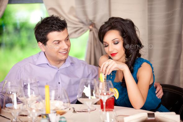 restaurant flirter