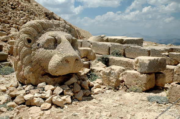 Ancient stone heads on Mount Nemrut, Turkey - Stock Photo - Images