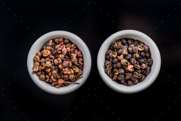 Nepalese Timut and Sichuan pepper in pots - Stock Photo - Images