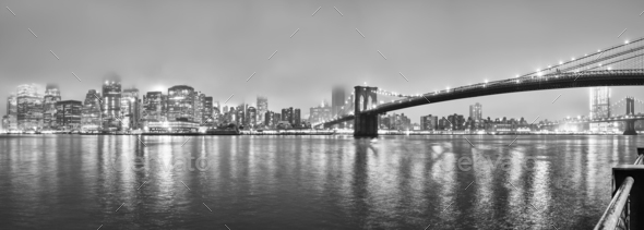 Manhattan on a foggy night, New York, USA. - Stock Photo - Images