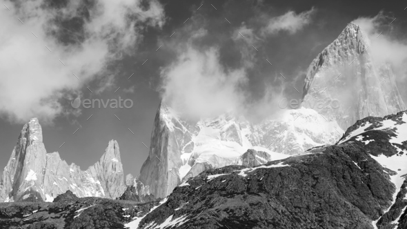 Fitz Roy Mountain Range, Argentina. - Stock Photo - Images