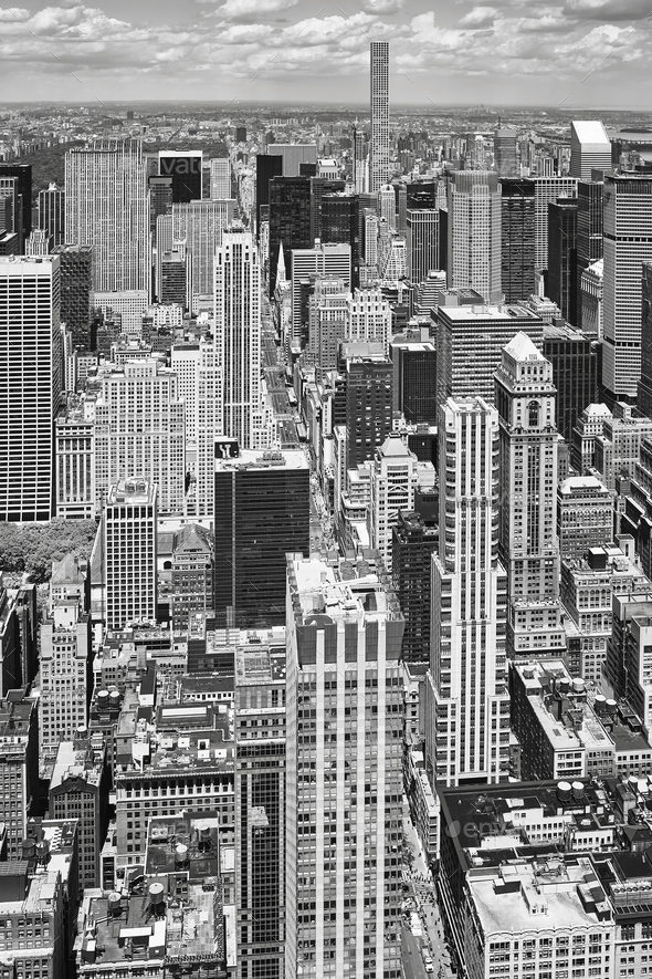 Black and white picture of Manhattan, NYC. - Stock Photo - Images